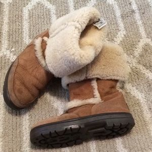 UGGS Camel 🐪 seude boots size W6